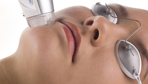 eMatrix laser-treatments-for-acne-scars